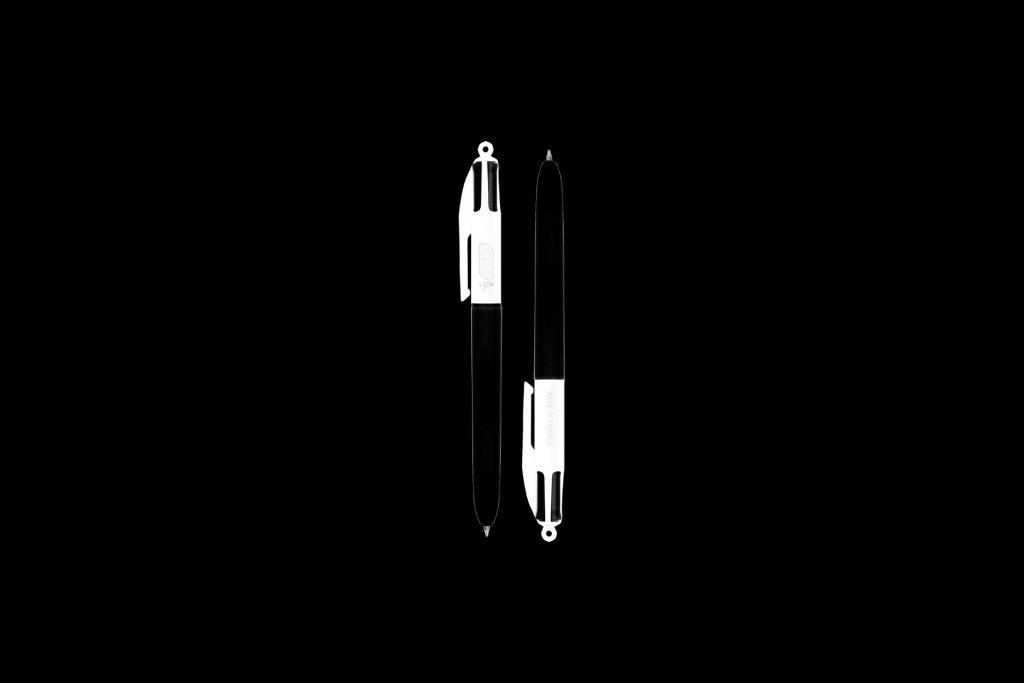 Déploiement opérationnel en B2B du concept d'économie circulaire Ubicuity™ de BIC®. Adaptation des outils « Petit stylo deviendra banc » et accompagnement stratégique sur les thèmes eco-conception, recyclage et RSE.